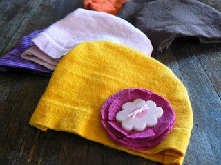 Hats for NICU Babies from the Creative Homemaker