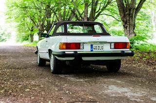 02 Mercedes-Benz 560SL R107 1988