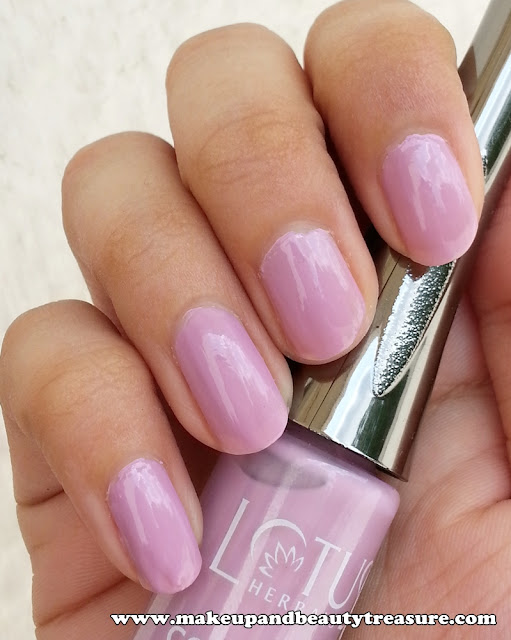 Lotus Herbals Colour Dew Nail Enamel '945 Lavender Love' Review & NOTD