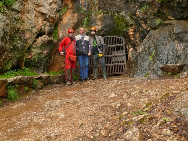 how to get to cueva de la pileta