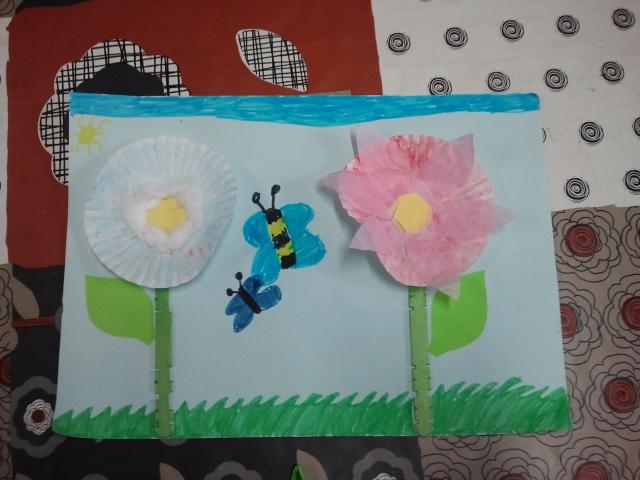 Oooooo la casita oooooo flores recicladas - Moldes papel magdalenas ...