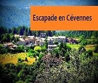 http://leschamotte.blogspot.fr/2012/08/des-cevennes-aujac-et-son-chateau-tu-te.html
