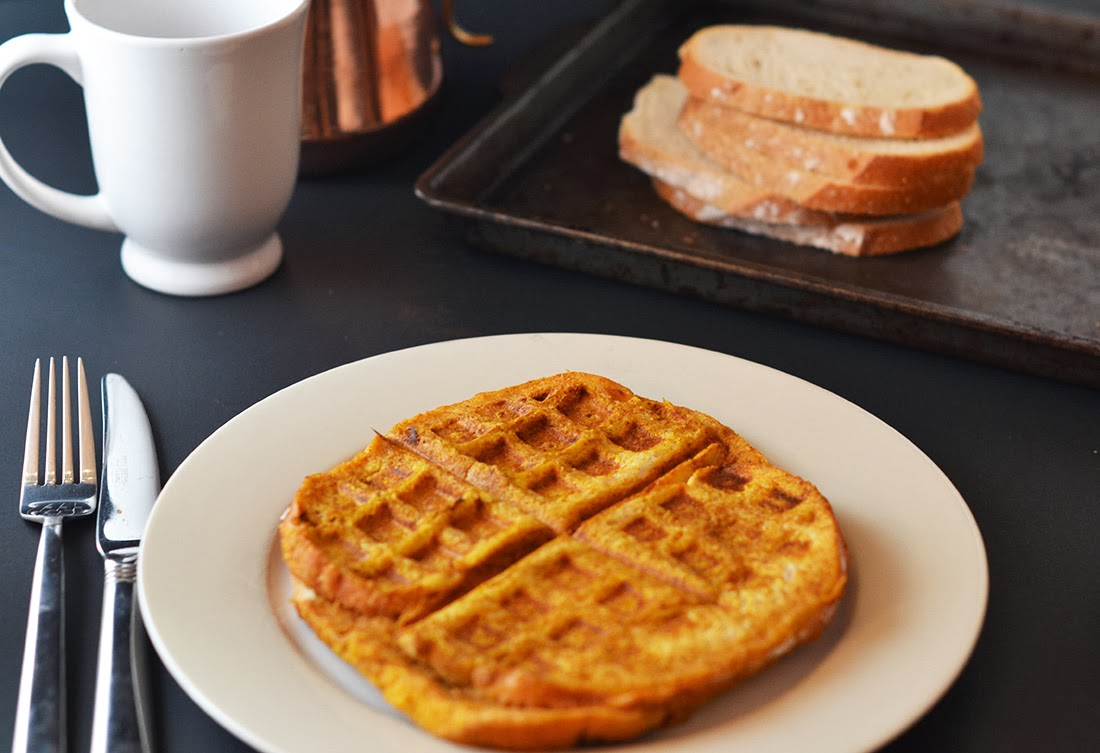 southern bliss blog}: {Pumpkin French Toast Waffles}