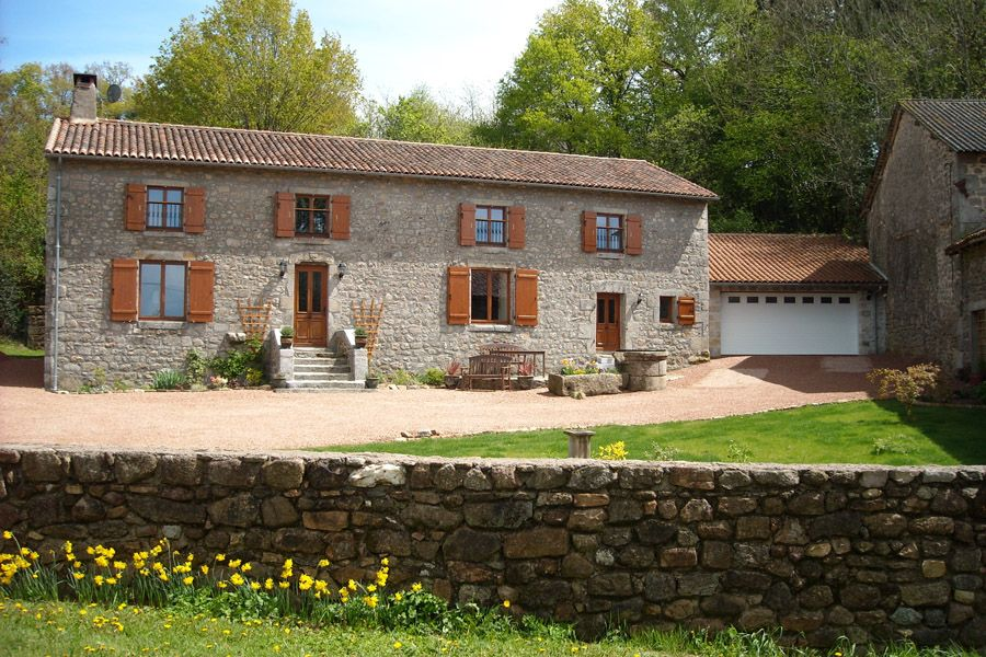 An Outstanding Example Of A Renovated Stone Farmhouse Offering Perfect Blend Period Charm And Modern Luxuries