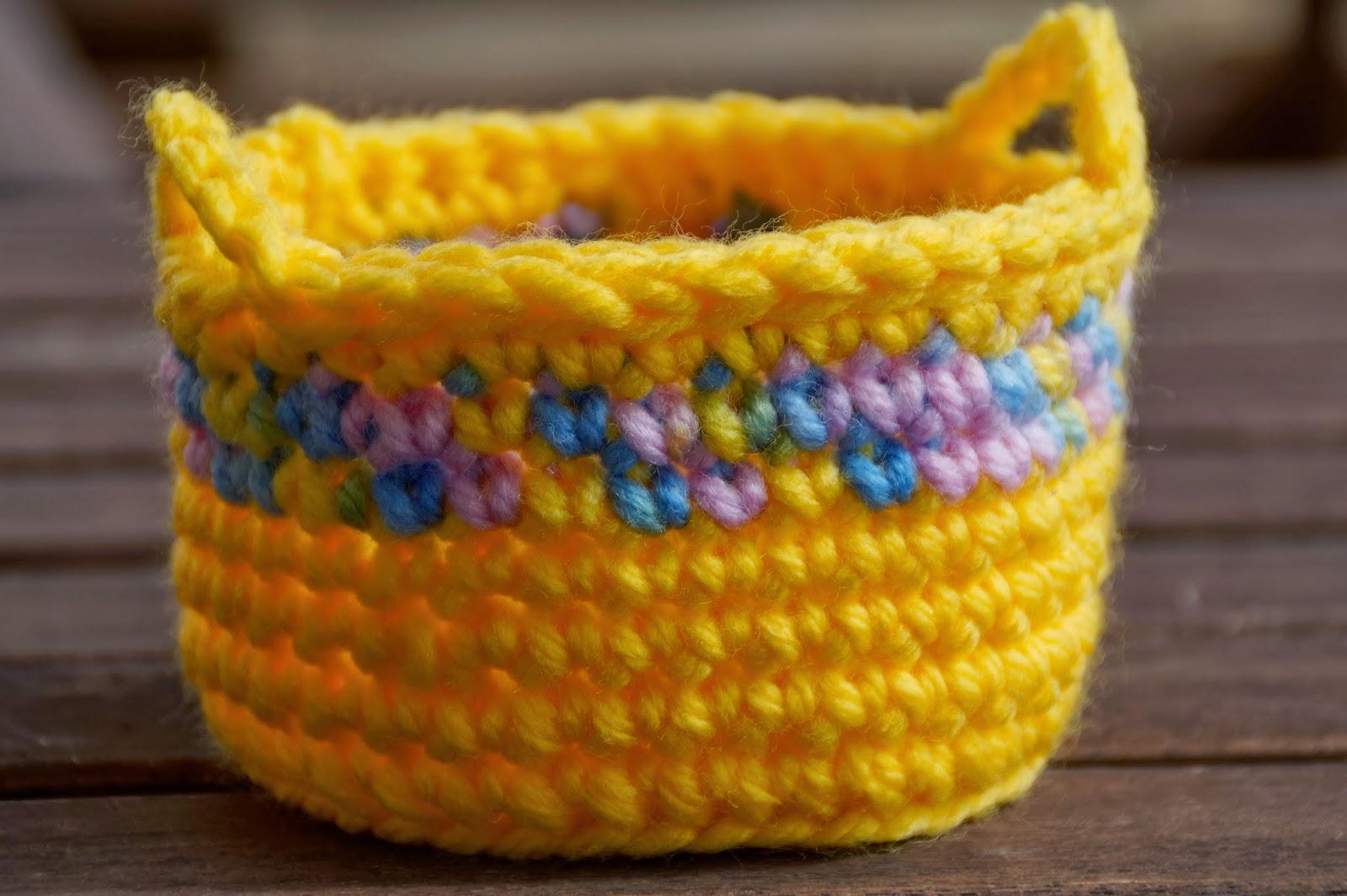 Mi mundo de baldosas amarillas: Cesta de ganchillo con patrón