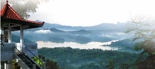 Seperti yang kita ketahui bila di sebelah selatan Pulau Jawa pribadi menghadap ke Samuder  Asiknya Berwisata Alam di Kalibiru Kulonprogo