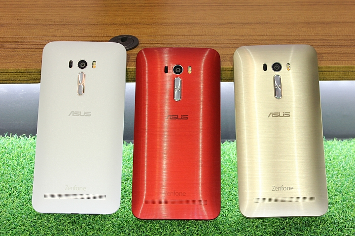 hands on asus zenfone selfie zd551kl zd550kl asus x zenfone. Black Bedroom Furniture Sets. Home Design Ideas