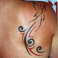 gambar tato garis punggung 2013