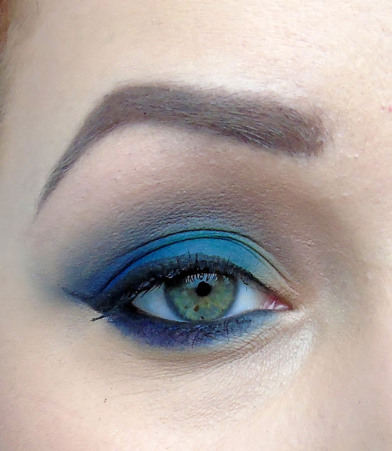 Lekko wieczorowy makijaż matowymi cieniami Sleeka + szybka przeróbka na bardziej szalony makijaż andrzejkowy