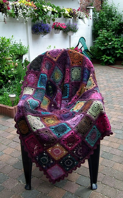 the new crochetnot just granny squares.