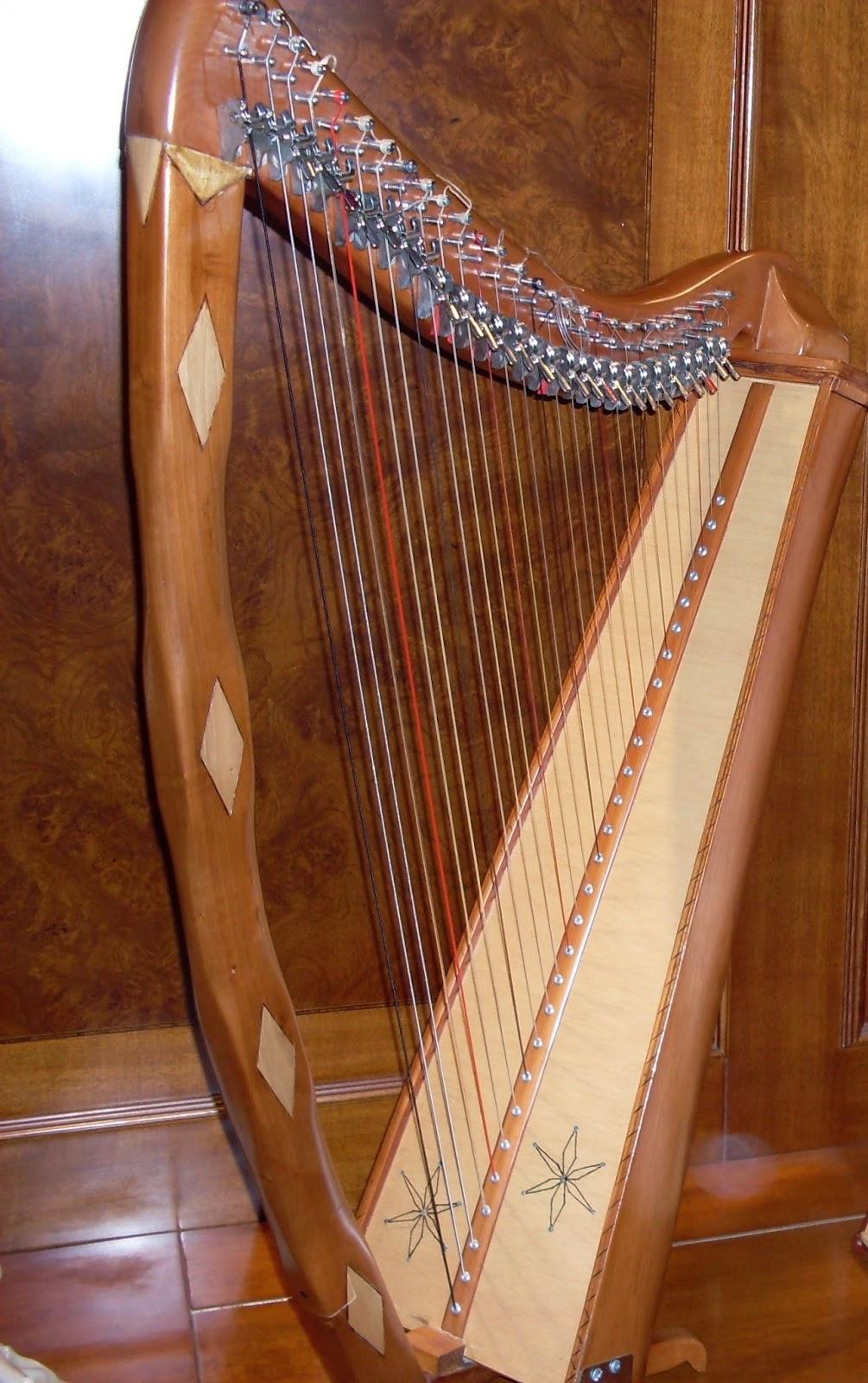 Arpa Celta 28 cuerdas