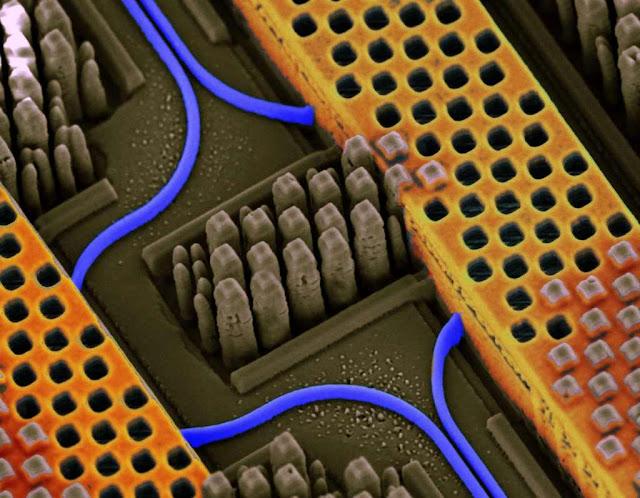 silicon nanophotonics IBM