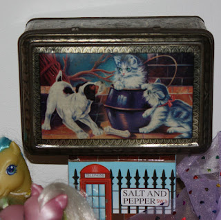 vintage tin box with cats