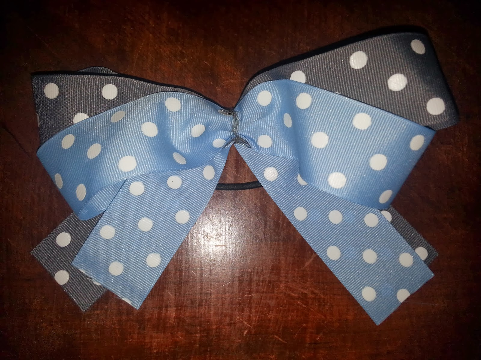Making Cheer Bows