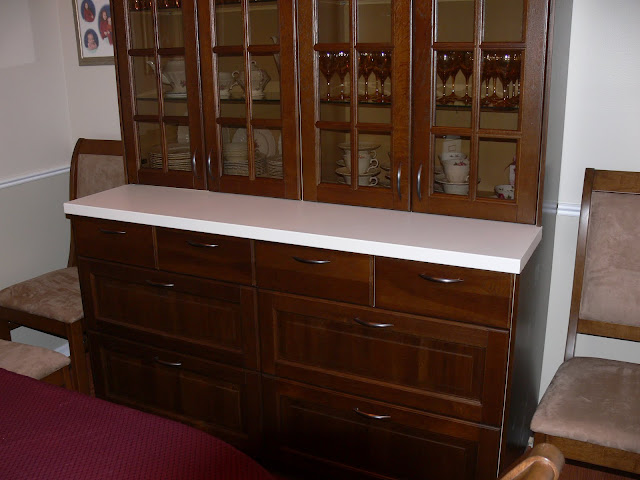  Dining Room Hutch
