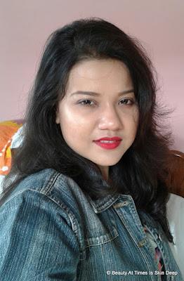 Strobing in makeup