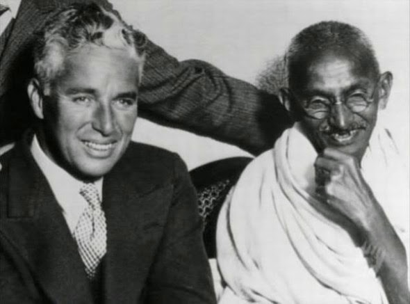 Ultimate Collection Of Rare Historical Photos. A Big Piece Of History (200 Pictures) - Charlie Chaplin and Mahatma Gandhi