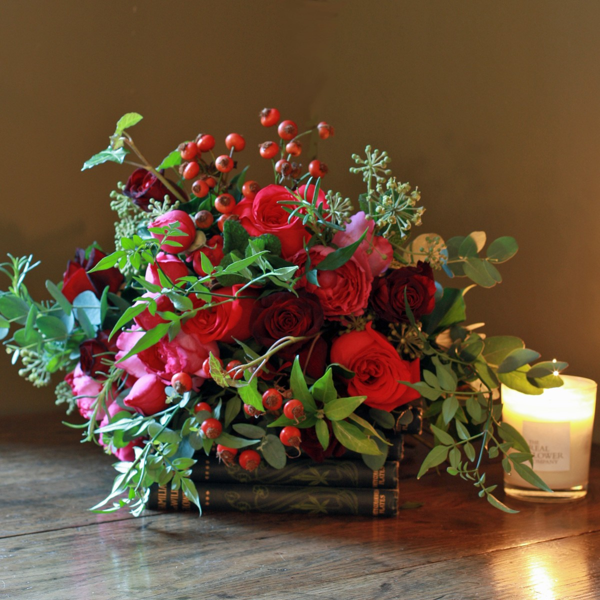 Festive Florals Seasonal Flower Arrangements For