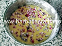 Tort cu crema de ciocolata si frisca preparare reteta blat