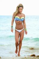 Jennifer Nicole Lee perfect bikini body