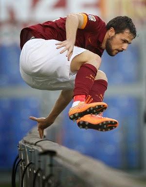 Mattia Destro Dipinjamkan Ke AC Milan