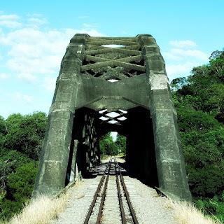 Ponte Férrea em Arco - Mata (RS)