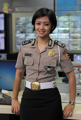 Brigadir Avvy Olivia - Polisi Cantik Bak Selebritis