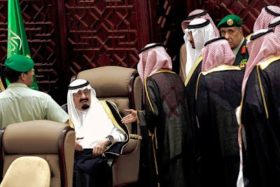 Raja Arab Saudi akan benarkan wanita mengundi pada tahun 2015