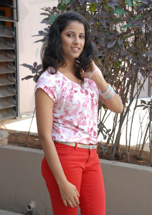 sravya reddy new latest photos