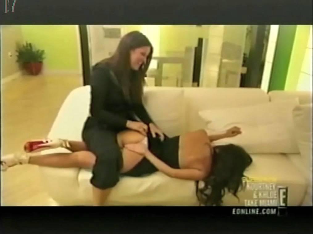 kourtney kardashian pussy fakes