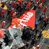 Gambar Ekor Pesawat AirAsia QZ8301 Yang Berjaya Diangkat Ke Darat