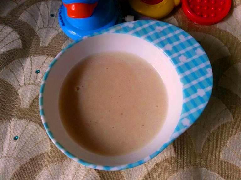 Pear, Oats & Cardamom Porridge for Babies / Homemade Oatmeal Cereal for Babies / Oats for Babies