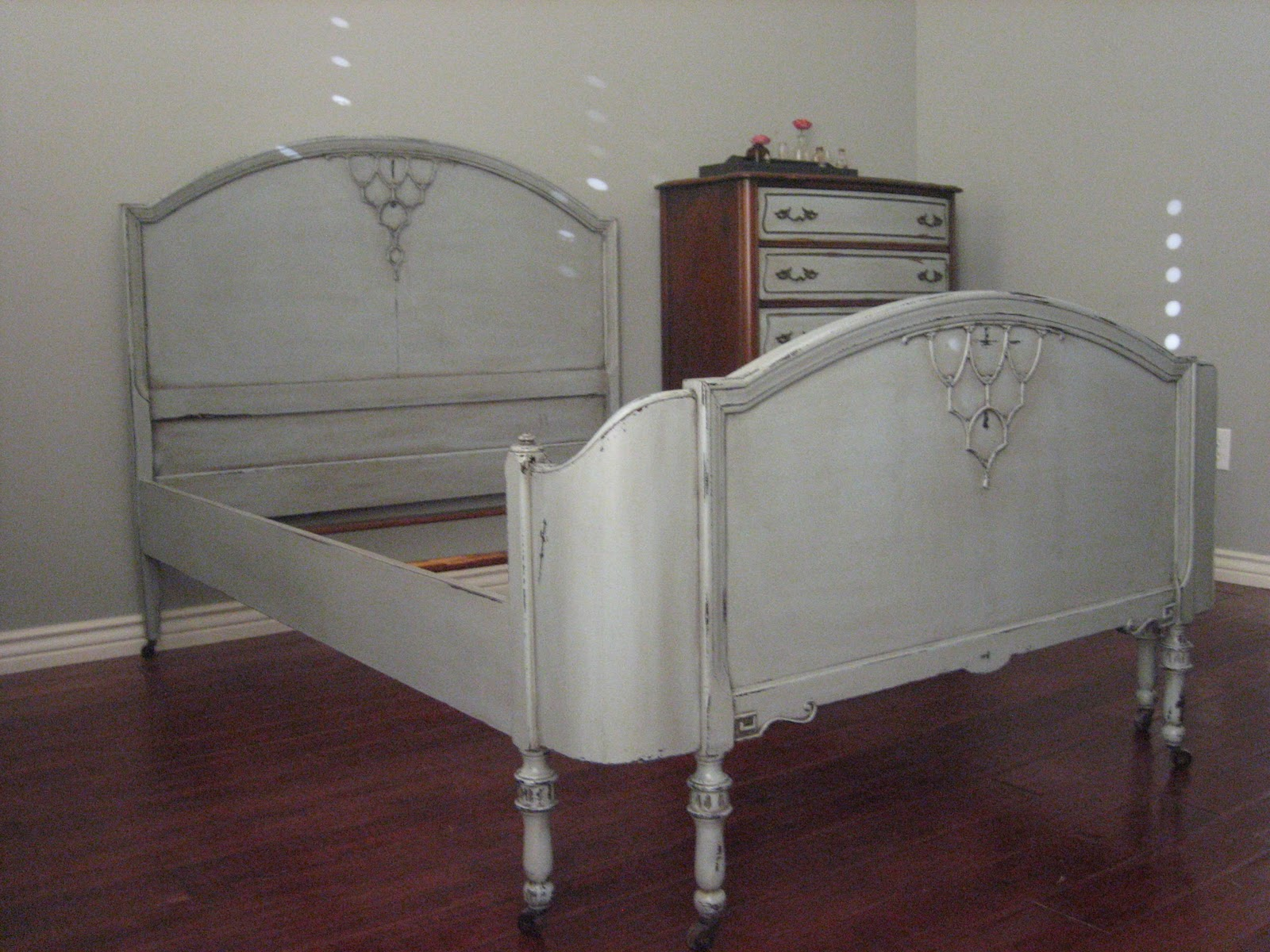 European paint finishes french gray bed dresser for European beds for sale
