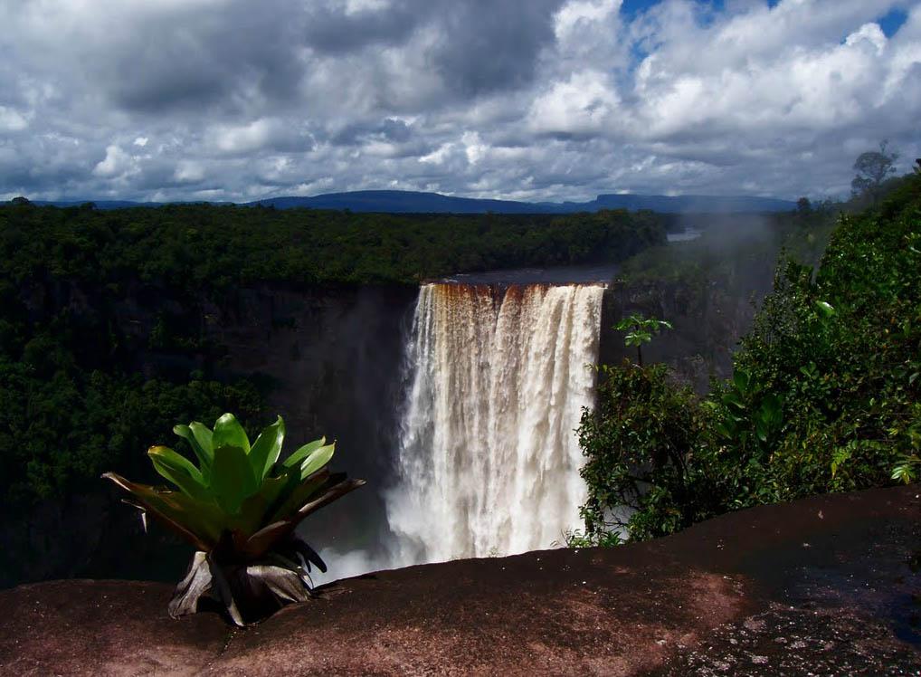 foto turismo cachoeira kaieteur
