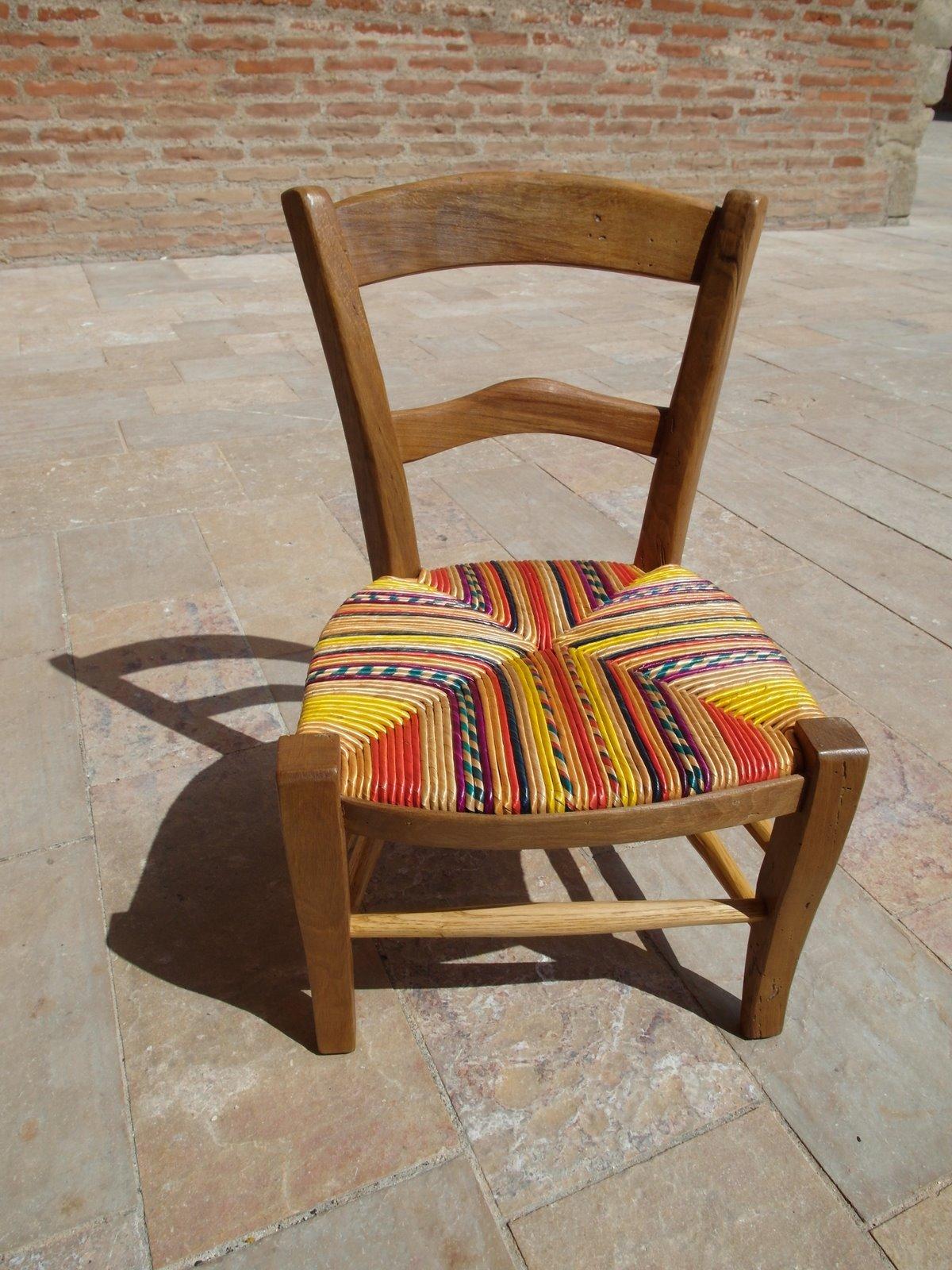 rempailleur de chaises la barelina des chaisiers. Black Bedroom Furniture Sets. Home Design Ideas