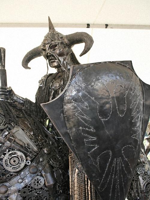 4b-Large-Fantasy-Sculpture-Death-Dealer-Frank-Frazetta-Conan-Giganten-Aus-Stahl