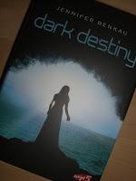 http://sarahsbuecherwelt.blogspot.com/2013/04/rezension-zu-dark-destiny-von-jennifer.html
