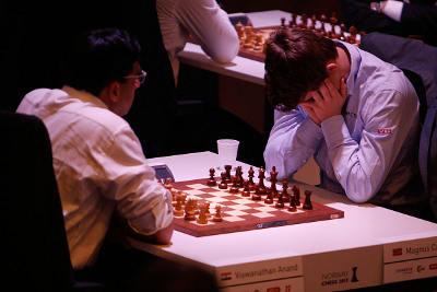 Échecs en Norvège : Carlsen vs Anand - Ronde 2