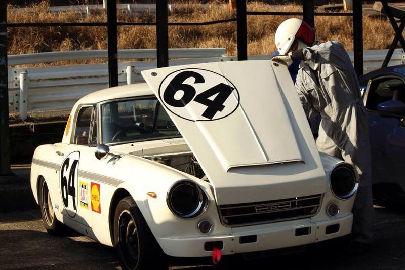 Datsun Fairlady, sportowe roadstery, samochody z Japonii, JDM, wyścigi