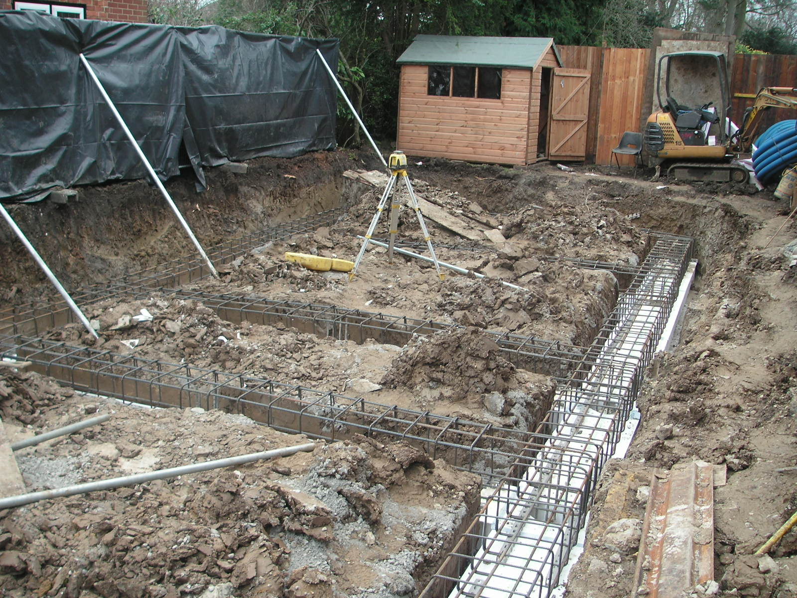 Duncan foster architects 110203 newbuild house for House foundations