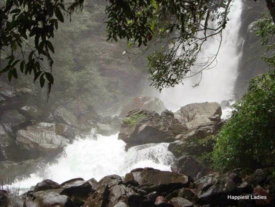Kudremukha Haunumangundi Falls