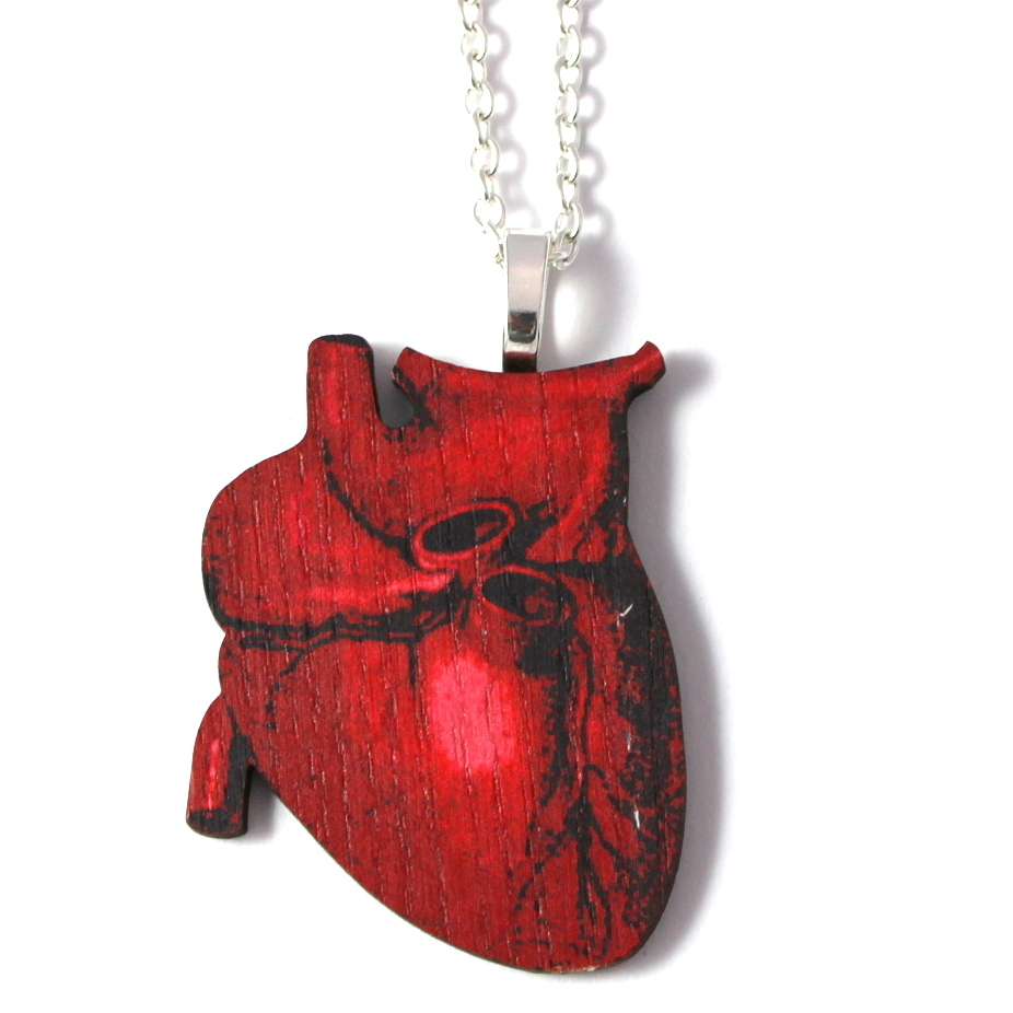 jewelsy anatomical heart necklace