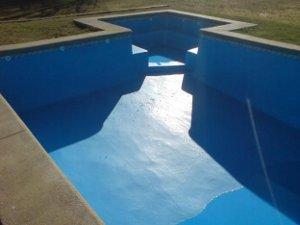 Agua y m s c mo pintar piletas de fibra de vidrio for Como se hace una pileta de natacion de hormigon