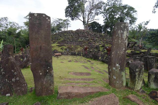 Civiltà preistoriche dell'era glaciale Gungung-Padang-17