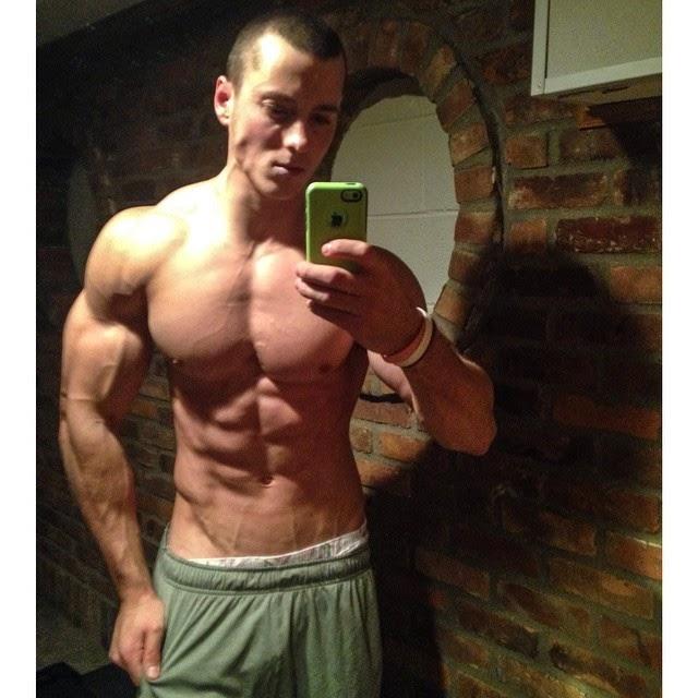 Fitness Best Physiques : Zach Zeiler