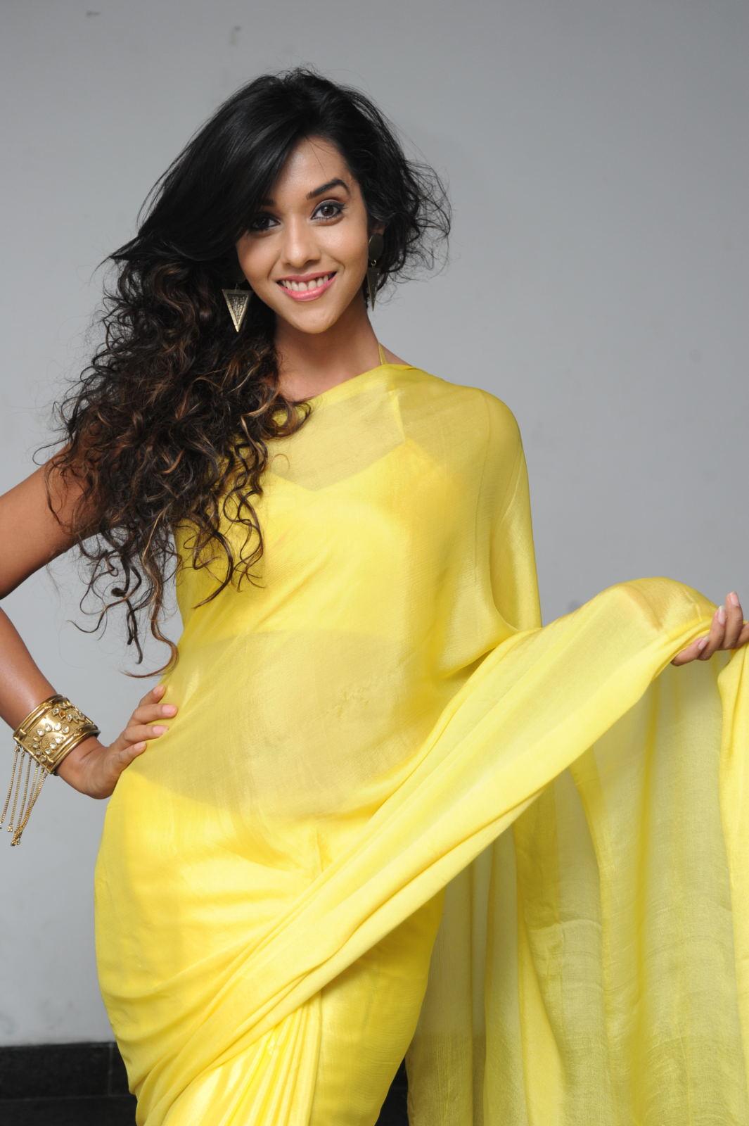 anu priya actress anu priya yellow saree photos saree photos actress
