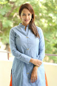 Lakshmi manchu new photo shoot-thumbnail-3