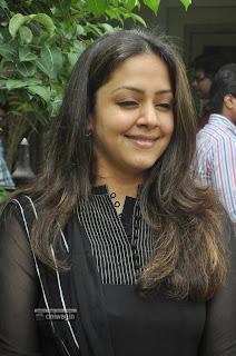 Jyothika-Stills-at-Indira-Child-Care-Website-Launch