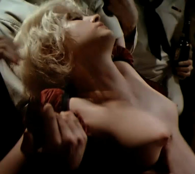 Jennifer Jason Leigh Nude In Movies