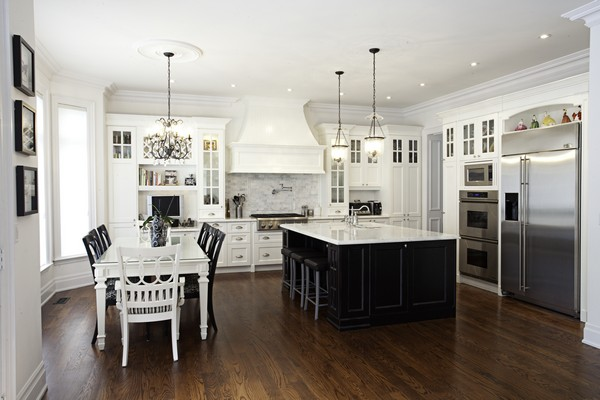 As You Can See, I Like The Shaker Style Cabinetry... Love The Wood Range  Hood In This One Too.